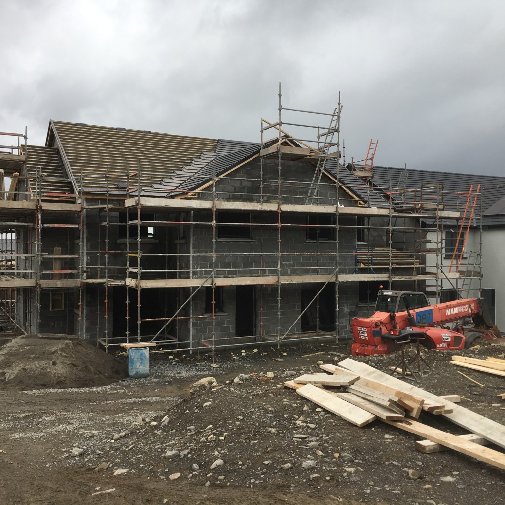 Block work, roof and scaffolding